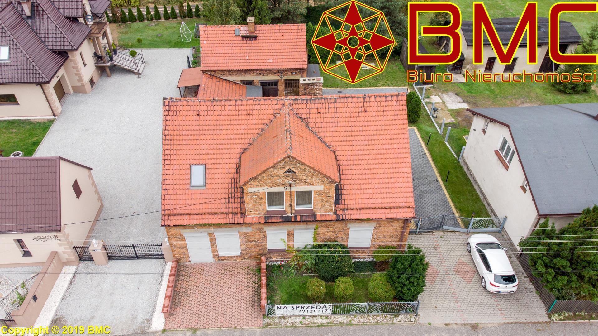 Nieruchomość Dom sprzedaż Boronów Dom z czerwonej cegły -Boronów1